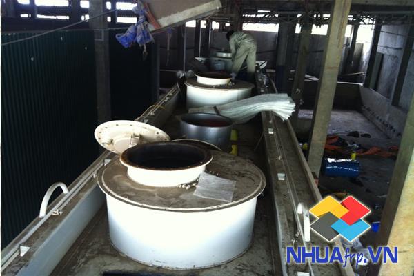 Bọc phủ Composite chống ăn mòn téc chứa xăng dầu