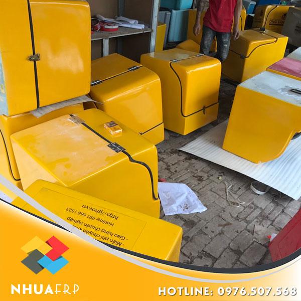 thung-cho-hang-composite-kich-thuoc-55x56x57
