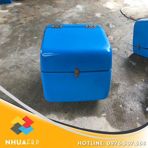thung-cho-hang-composite-kich-thuoc-56x56x60-3